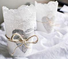 Papieren servetjes om glas Door EAvS