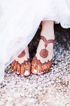 22 Ideas indian bridal mehndi feet henna designs for 2019 Dulhan Mehndi Designs, Mehandi Designs, Mehndi Designs Feet, Legs Mehndi Design, Mehndi Designs 2018, Mehndi Design Pictures, Unique Mehndi Designs, Mehndi Designs For Girls, Henna Mehndi