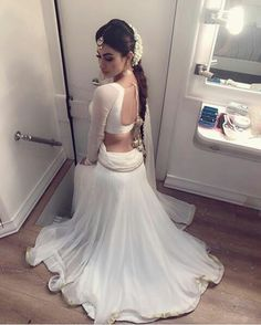Killed look mouni