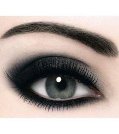 http://highfashionz.com/elegant-eye-makeup-2013/