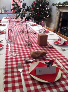 Burlap runners as placemat over checked tablecloth