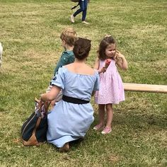 Kate and the Children were at the horse trials today ❤️ •