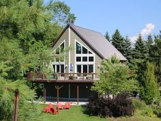 Peaceful Setting in the Heart of South Haven- Spacious Living w/Hot Tub
