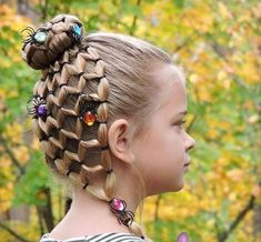 33 Rustic Halloween Hair Style Ideas That Will Amaze You Holiday Hairstyles, Hairstyles For School, Braided Hairstyles, Cool Hairstyles, Halloween Hairstyles, Wedding Hairstyles, Girl Hair Dos, Wacky Hair, Cute Little Girl Hairstyles