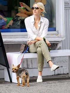 Naomi Watts, in chic aviators, enjoyed a low-key Sunday in the Big Apple, lounging on a bench with her puppy pal by her side!