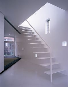 floating stairs by Sanpei Junichi www.xain.jp/ - LOVE this,...