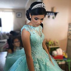 quincenera dresses spotlight