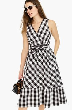 Crew for the Sleeveless faux-wrap dress in gingham cotton poplin for Women. Find the best selection of Women Dresses available in-stores and online. Simple Dresses, Cute Dresses, Casual Dresses, Short Dresses, Dresses With Sleeves, Women's Dresses, Poplin Dress, Jumpsuit Dress, Dress Outfits