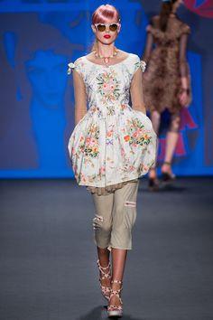 Anna Sui Spring 2013 Ready-to-Wear Fashion Show - Frida Gustavsson
