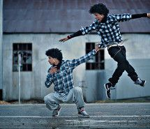 Inspiring picture art, b-boy, back, back here, black. Resolution: 500x333 px. Find the picture to your taste!