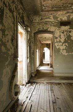 urban exploration - Jonathan Aldridge Photography