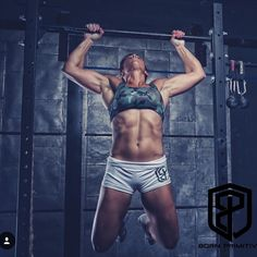Shout out to @kgrahamsfb for some bad ass photos in our gear! #vitalitybra #renewedvigorshorts #bpbrandrep #bornprimitive #crossfit