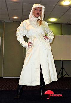 Raincoat Outfit, Pvc Raincoat, White Trench Coat, Trench Coats, Rubber Raincoats, Rain Hat, Textiles, Raincoats For Women, Fashion Dresses