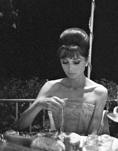 Audrey Hepburn forever! Inspiration for Model under Cover. http://www.carinaaxelsson.com