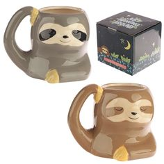 Cute Sloth Shaped Ceramic Mug Our shaped mugs are novel and come in a great range of themes and designs. Made from ceramics they will definitely be a talking point at the dinner table or in the office canteen. Baby Sloth, Cute Sloth, Baby Otters, Cute Mugs, My Spirit Animal, Mug Designs, Cute Animals, Wild Animals, Baby Animals