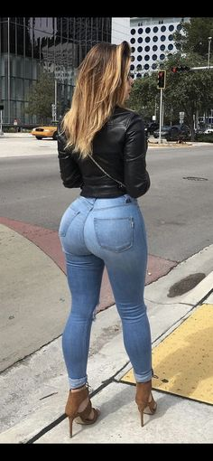 Superenge Jeans, Skinny Jeans, Blue Jeans, Curvy Women Fashion, Girl Fashion, Vrod Harley, Look Body, Sweet Jeans, Plus Size Jeans