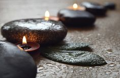 Although some may consider hot stone massage to be simply fashionable, the use of stones for healing purposes dates back thousands of years.