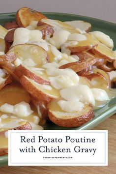 Poutine - A Deliciously Cheesy Canadian Poutine Recipe - This Poutine Recipe is a delicious, classic Canadian dish made from French fries, cheese curds and gravy! Perfect as an appetizer or entree. Garlic French Fries, French Fries Recipe, Canadian Cheese, Canadian Dishes, Canadian Poutine, Poutine Recipe, Good Food, Yummy Food, Cheese Curds