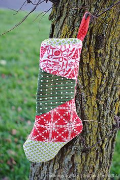 Homemade quilted stockings! I WILL make these before next Christmas!!