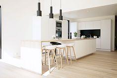 Tyylikäs keittiö valmistui 2016  www.gloriakeittiot.fi