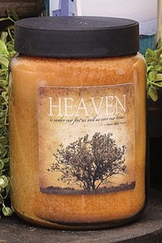 Heaven Jar Candle has the pleasing aroma of Grandma's Kitchen.