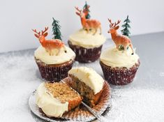 Ren Behan's mince pie cupcakes are cupcakes baked with mincemeat and topped with a brandy spiked icing. Serves: makes 12 cupcakes. Baking Cupcakes, Cupcake Recipes, Cupcake Cakes, 12 Cupcakes, Fun Cakes, Sweets Cake, Frosting Recipes, Christmas Cupcakes, Christmas Treats