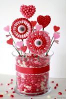 9 sweet diy valentine centerpieces decorations ideas