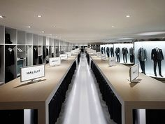The Japanese can now go shopping in an exclusive, highly voluminous men suit store called Halsuit — a conceptual new generation shop from the famous retailer Haruyama. The showroom exhibits a large volume of suits, shirts and ties, displayed in a very cool and pleasant ambiance. The Halsuit concept has been designed by the famous Japanese studio Nendo and virtually assists the customers to select the most matching apparels based on individual traits.: