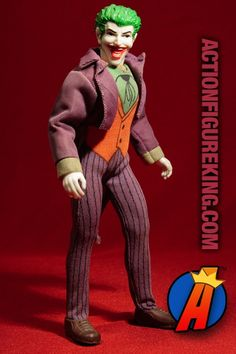 Fully articulated Mego Joker action figure with cloth uniform. Visit ActionFigureKing.com for a huge database of new and vintage toys featuring Marvel and DC Comics. #joker #thejoker #batman #mego #actionfigures