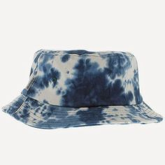 KIX & LIDZ: Akomplice The Blue Dialation Bucket Hat - Blue & White...Here is the Blue Dialation Bucket Hat in the Blue & White colorway by Akomplice. You can purchase this bucket hat online at Cranium Fitteds and other Akomplice retailers.