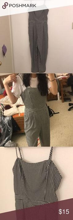 """FOREVER 21 gingham jumpsuit FOREVER 21 Gingham print spaghetti strap jumpsuit Cool woven material, perfect for spring/summer Cute to layer with a t shirt under Only worn once! Like new Im 5'3"""" and the length goes to my ankle Forever 21 Pants Jumpsuits & Rompers"""