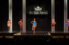 I love this simple stage set up with the pageant logo hanging in the middle | http://thepageantplanet.com/