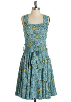1950s Retro Plus Size Dresses: Guest of Honor Dress in Balloons $94.99