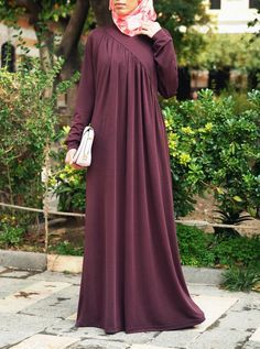 SHUKR's long dresses and abayas are the ultimate in Islamic fashion. Halal standards, ethically-made, international shipping, and easy returns. Islamic Fashion, Muslim Fashion, Abaya Fashion, Fashion Dresses, Fashion Styles, Ropa Upcycling, Hijab Style Dress, Abaya Designs, Dress Designs