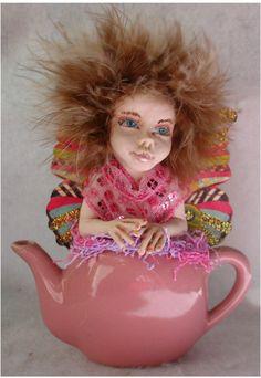 Pink Teapot Tea Leaf OOAK Fairy http://cgi.ebay.com/ws/eBayISAPI.dll?ViewItem&item=161135817974