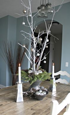 branches decoration christmas table decoration white christmas ball cones christmas … - Home Page Christmas Vases, Christmas Table Settings, Christmas Tablescapes, Christmas Table Decorations, Noel Christmas, Rustic Christmas, White Christmas, Christmas Crafts, Holiday Decor
