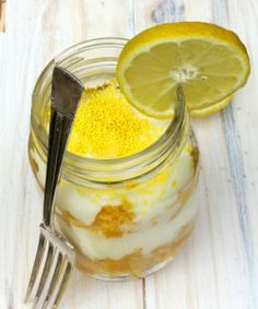 Hello Sunshine! Summer Lemon Cake in a Jar