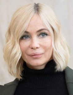 Stars: after 50 they changed (or not) hair look Actrices Blondes, White Hair, Hair Looks, Change, Actors, Relief, Celebrities, People, Emmanuelle Béart