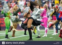 New England Patriots Cheerleaders High Resolution Stock Photography and Images - Alamy Panthers Cheerleaders, New England Patriots Cheerleaders, Nfl Football Games, Sport Football, Fedex Field, Gillette Stadium, Tennessee Titans, Washington Redskins, American Football