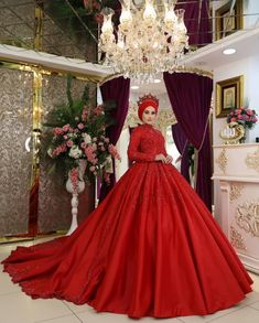 Henna Night, Moroccan Wedding, Dress Indian Style, Wedding Photoshoot, New Trends, Indian Fashion, Bridal Dresses, Ball Gowns, Formal Dresses