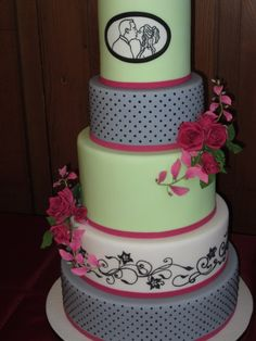 love the kissing picture and that the cake is colorful