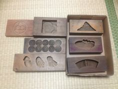 Kashgata 菓子型 Japanese Traditional Sweets Molds Made of Wood http://vintagefromjapan.etsy.com