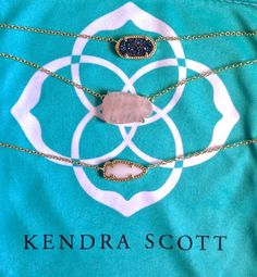 Kendra Scott///// i ain't got no type. Kendra Scott is all I like. Hippie Style, Cute Jewelry, Jewelry Accessories, Gold Jewelry, Jewelry Box, Kendra Scott Necklace, Diamond Are A Girls Best Friend, Couture, Trends
