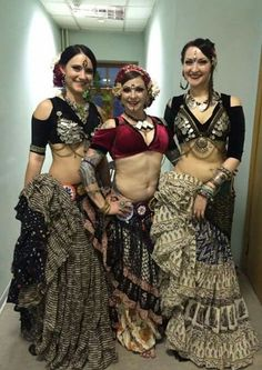 57 Ideas tribal belly dancing costumes goddesses for 2019 Belly Dance Outfit, Belly Dance Costumes, Divas, Tribal Costume, Belly Dancing Classes, Tribal Belly Dance, Ballroom Dance Dresses, Tribal Fusion, Dance Fashion