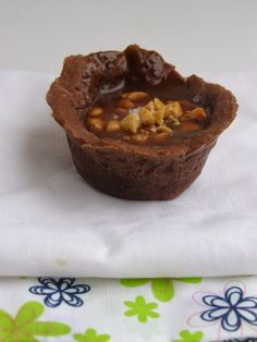 besos de canela y menta: Tartaletas de caramelo de chocolate y oporto