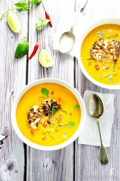Coconut Curried Cauliflower Soup