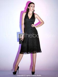 Sheath/ Column Halter Knee-length Chiffon Cocktail Dress - USD $ 88.19