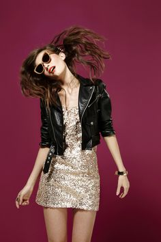 Magic Moment Dress, Gold Dust Shades, Spiked Hair Comb