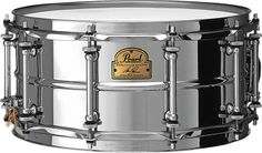 """Pearl Signature Ian Paice  Deep Purple's legendary drummer designed his snare drum to have classic looks and sound with modern components. The 6.5"""" steel shell will give you a big rock sound, and the locking nuts will help your drum stay in tune """"all night long."""