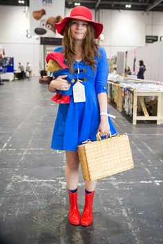 These 8 Halloween Costume Ideas Will Keep You Bone Dry 8 Halloween Costumes To Keep You Bone Dry Paddington Bear Paddington Bear Party, Ours Paddington, Book Costumes, World Book Day Costumes, Literary Costumes, Bear Costume, Costume Dress, Costume Makeup, Best Fancy Dress Costumes